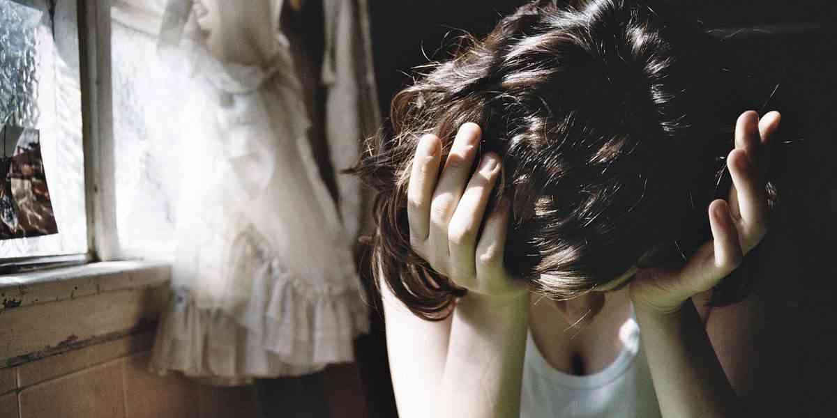 κρίση πανικού, κρίση άγχους, συμπτώματα, διαφορές