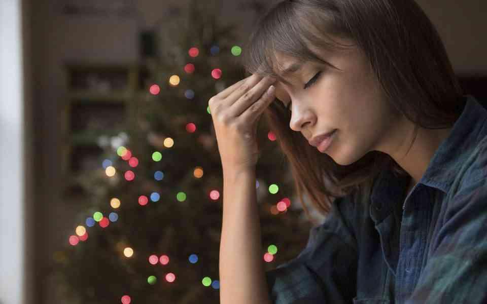 Χριστούγεννα, κατάθλιψη, άγχος γιορτών, μοναξιά