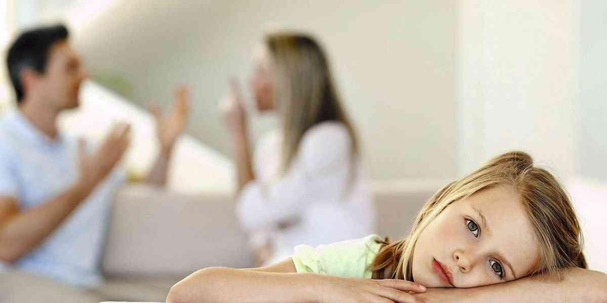 παιδιά, γονείς, συγκρούσεις γονέων μπροστά στα παιδιά
