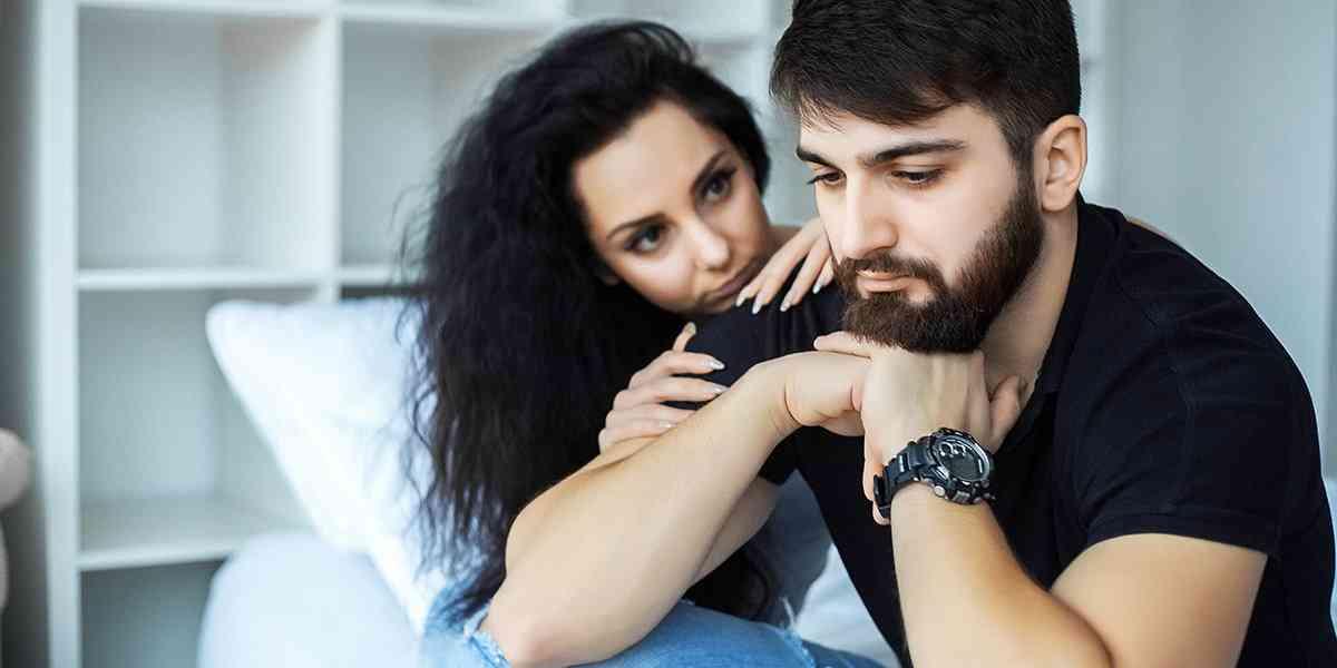 που βγαίνει με κάποιον που φοβάται την οικειότητα