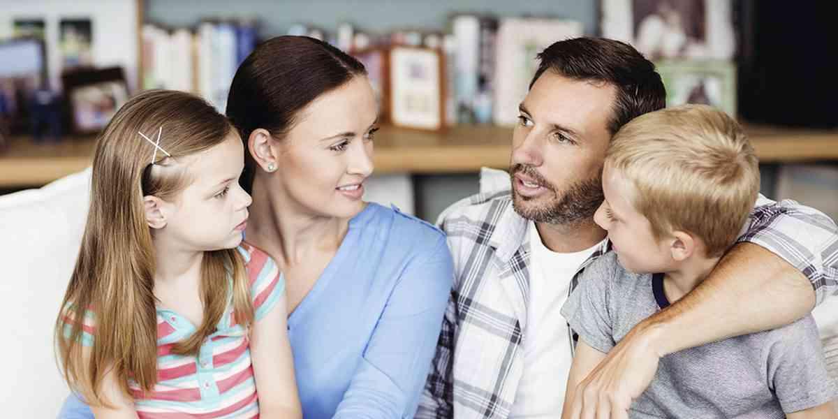 γονείς, παιδιά, τύποι γονέων, απολυταρχικός γονέας, δημοκρατικά αυστηρός γονέας, ανεκτικός γονέας, αδιάφορος γονέας