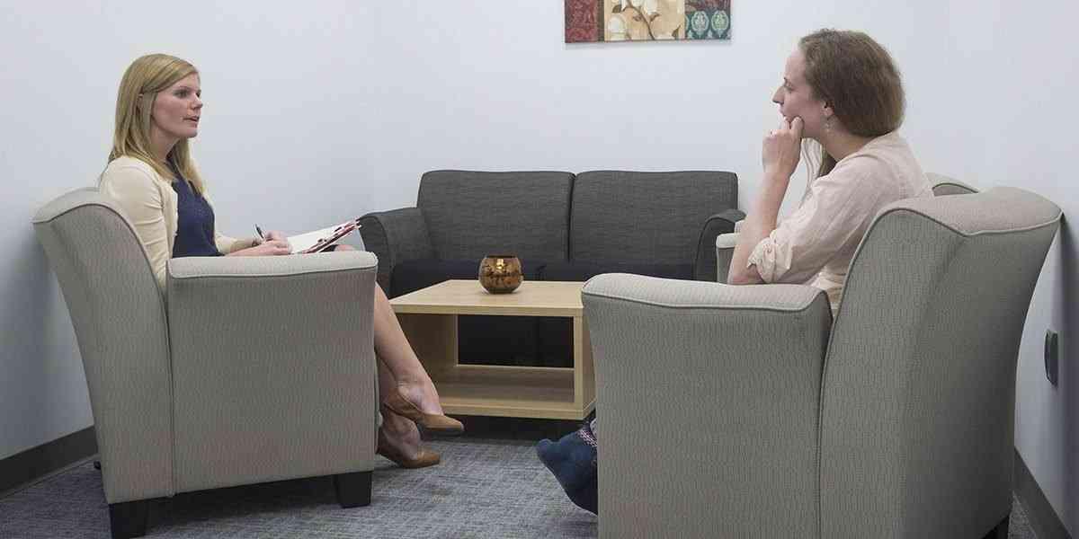 Πόσο καιρό να περιμένετε ραντεβού μετά το διαζύγιο
