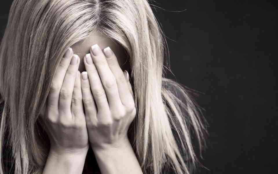πένθος, ψυχικό τραύμα, απώλεια, κλινική κατάθλιψη