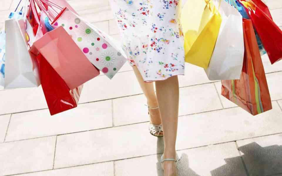 συναισθηματικές αγορές, shopping therapy, μείωση συναισθηματικών αγορών