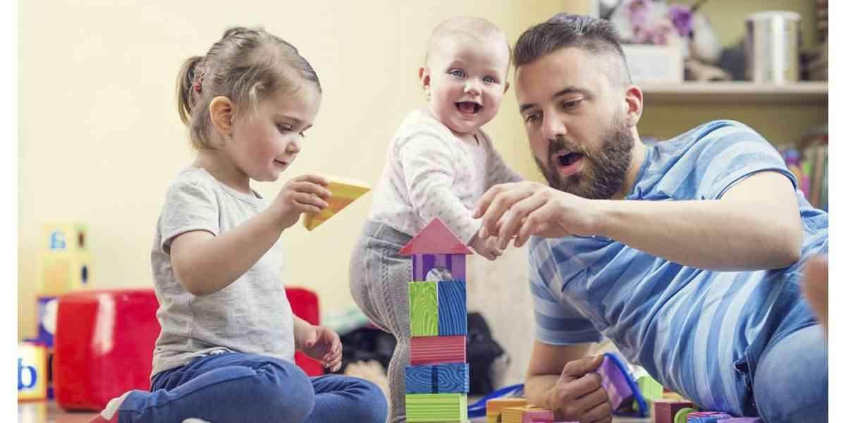 παιδιά , δημιουργική απασχόληση παιδιών στην καραντίνα, γονείς και παιδιά σε καραντίνα