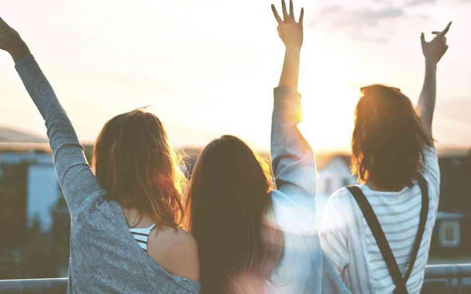 φιλία, φιλικές συζητήσεις, δύσκολες φιλικές συζητήσεις , πως μπορούμε να κάνουμε μια δύσκολη συζήτηση με ένα φίλο μας