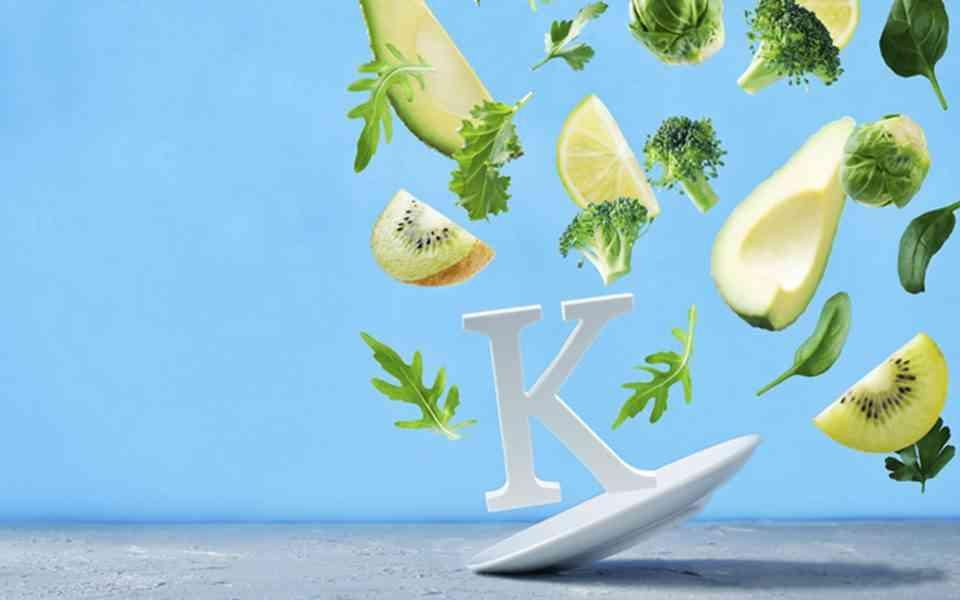 βιταμίνη Κ, οφέλη βιταμίνης Κ, πηγές βιταμίνης Κ, κίνδυνοι βιταμίνης Κ
