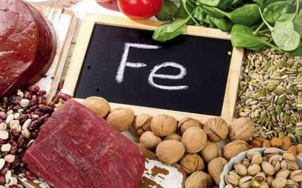 σίδηρος, ρόλος του σιδήρου στον οργανισμό, οφέλη σιδήρου, συμπτώματα ανεπάρκειας σιδήρου, τροφές που περιέχουν σίδηρο