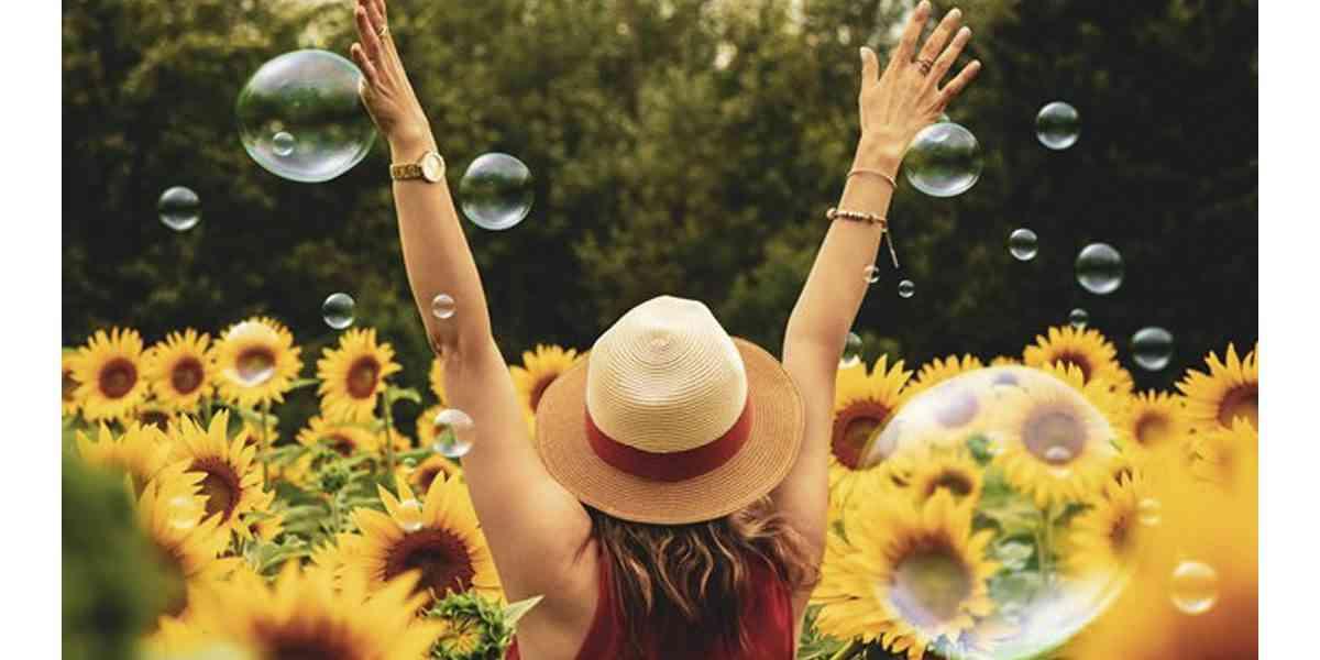 ευτυχία, πως να ζήσετε μια ευτυχισμένη ζωή, η επιστήμη της ευτυχίας, μοντέλο perma, θετική ψυχολογία, πως η ψυχοθεραπεία μπορεί να σας βοηθήσει να γίνετε ευτυχισμένοι