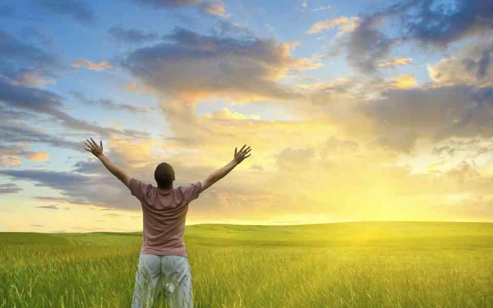 ευτυχία , τι είναι η ευτυχία, βήματα για μια ευτυχισμένη ζωή, χαρακτηριστικά ευτυχισμένων ανθρώπων, πως να ζήσετε μια ευτυχισμένη ζωή