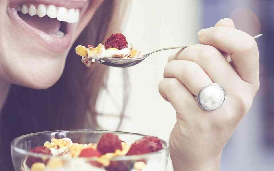 τροφές που δεν είναι τόσο υγιεινές όσο πιστεύετε, τροφές που δεν είναι υγιεινές, τροφές που δεν είναι αθώες