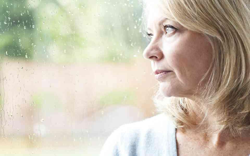 εμμηνόπαυση, πως η εμμηνόπαυση επηρεάζει την διάθεση, πως η εμμηνόπαυση επηρεάζει την ψυχική υγεία, εμμηνόπαυση και κατάθλιψη, εμμηνόπαυση και άγχος