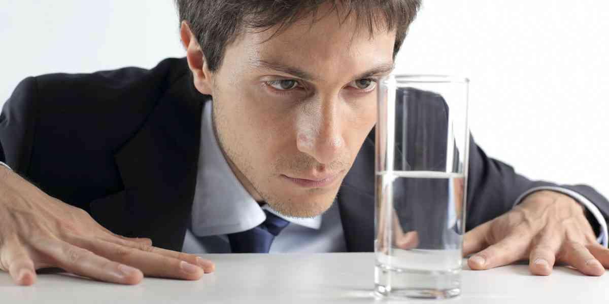 αισιοδοξία, απαισιοδοξία, τι είναι η αισιοδοξία, τι είναι η απαισιοδοξία, χαρακτηριστικά αισιοδοξίας, χαρακτηριστικά απαισιοδοξίας
