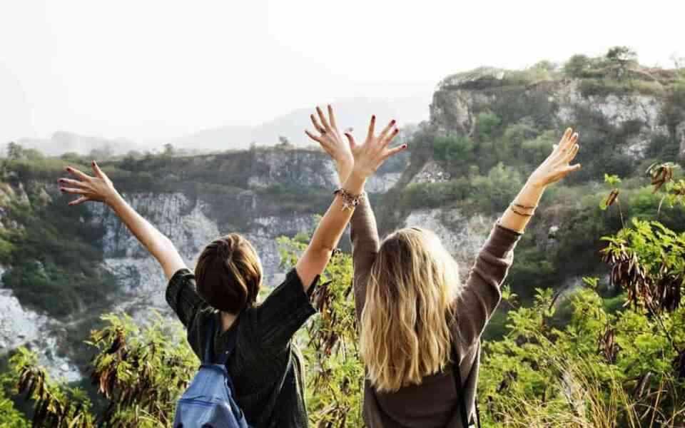 φιλία, υγιής φιλία, πραγματική φιλία, χαρακτηριστικά υγιών σχέσεων, πως θα δημιουργήσετε υγιείς φιλίες, ουσιαστική φιλία