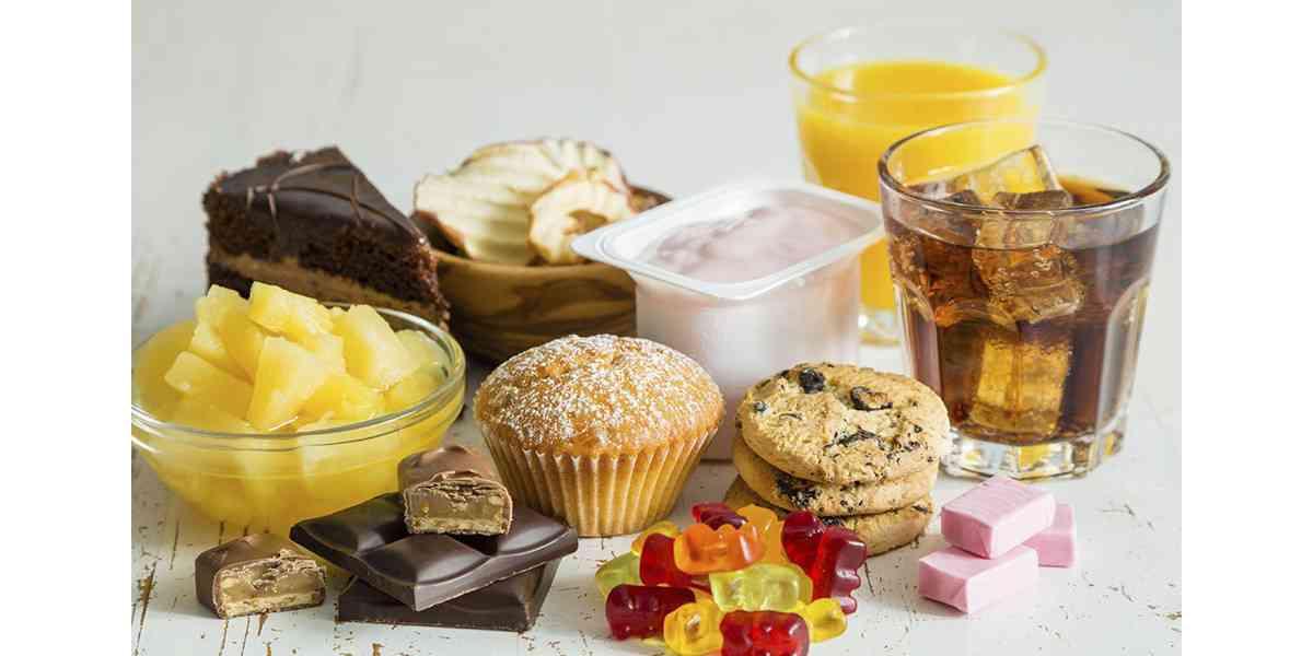 τροφές που επιδεινώνουν το στρες, τροφές που αυξάνουν το στρες, τροφές που ενισχύουν το στρες. ποιες τροφές να αποφεύγετε όταν έχετε στρες