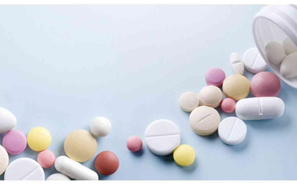 μη στεροειδή αντιφλεγμονώδη φάρμακα. χρήσεις μη στεροειδών αντιφλεγμονωδών φαρμάκων, παρενέργειες μη στεροειδών αντιφλεγμονωδών φαρμάκων, αλληλεπίδραση μη στεροειδών αντιφλεγμονωδών φαρμάκων με άλλα φάρμακα, εναλλακτικές θεραπείες