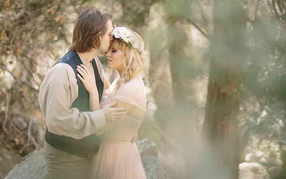 αδελφές ψυχές, ρομαντικός ρεαλισμός, ρομαντική αγάπη, πραγματική αγάπη, η πραγματική αγάπη δεν είναι σαν τα παραμύθια, πως να δημιουργήσετε μια πραγματική αγάπη, ψυχοθεραπεία ζεύγους