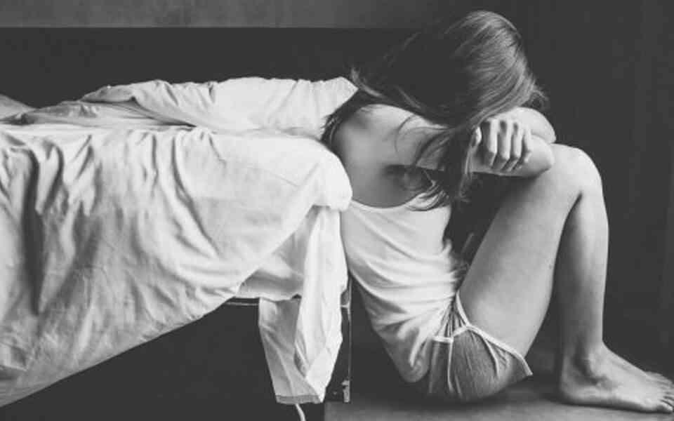 κατάθλιψης, παράγοντες που συμβάλλουν στην κατάθλιψη, αιτίες κατάθλιψης, βιολογικοί παράγοντες κατάθλιψης, γενετικοί παράγοντες κατάθλιψης, περιβαλλοντικοί παράγοντες και κατάθλιψη