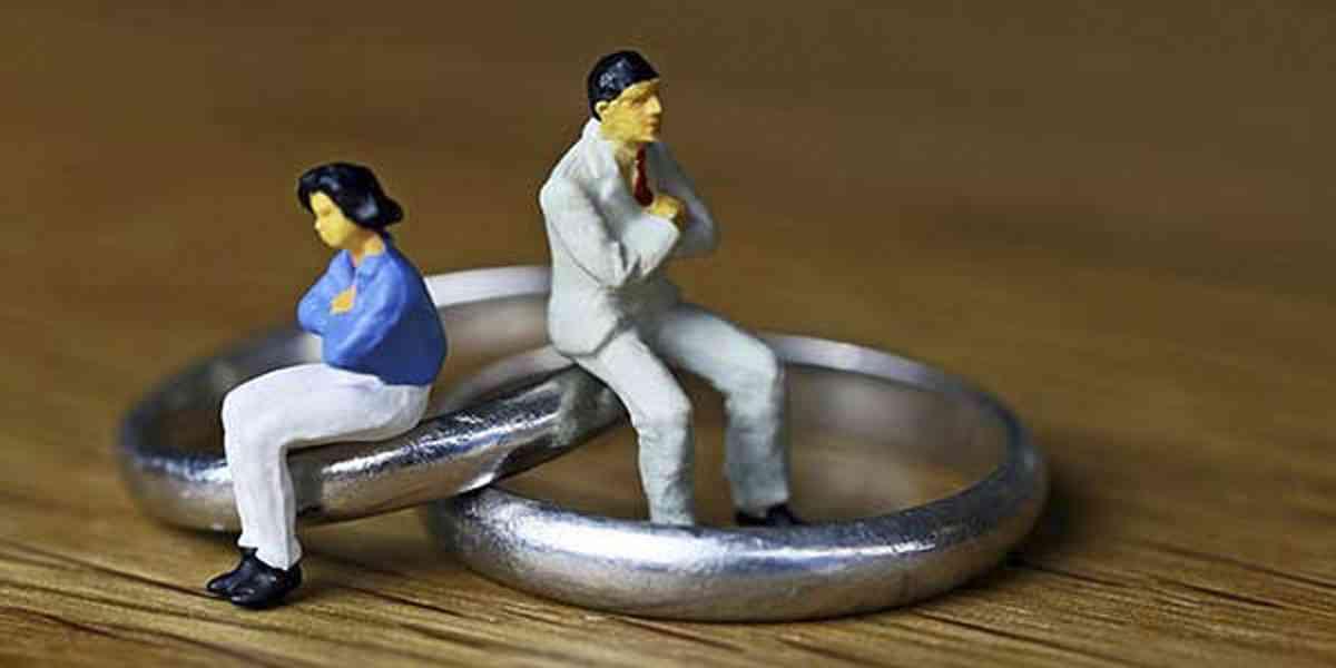 μοναξιά στο γάμο, γιατί νιώθετε μοναξιά στο γάμο σας, λόγοι που οδηγούν στη μοναξιά στο γάμο, αντιμετώπιση μοναξιάς στο γάμο