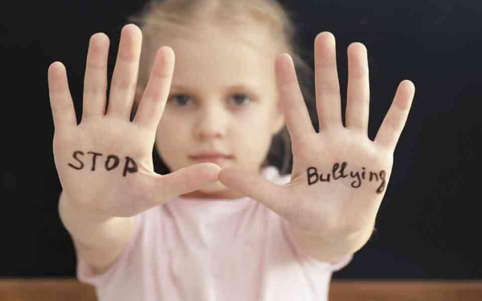 bullying, cyber bullying, εκφοβισμός, συνέπειες bullying, bullying και αυτοκαταστροφικές συμπεριφορές