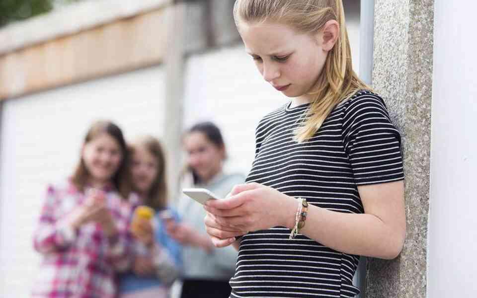 διαδικτυακό bullying, διαδικτυακό bullying στα παιδιά, σημάδια διαδικτυακού bullying, αντιμετώπιση διαδικτυακού bullying