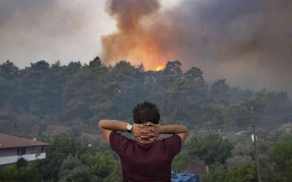 φυσικές καταστροφές, ψυχολογικές επιδράσεις φυσικών καταστροφών, ψυχολογικές επιδράσεις φωτιάς, διαταραχή μετατραυματικού στρες μετά από μια φυσική καταστροφή, πως να διαχειριστείτε μια φυσική καταστροφή