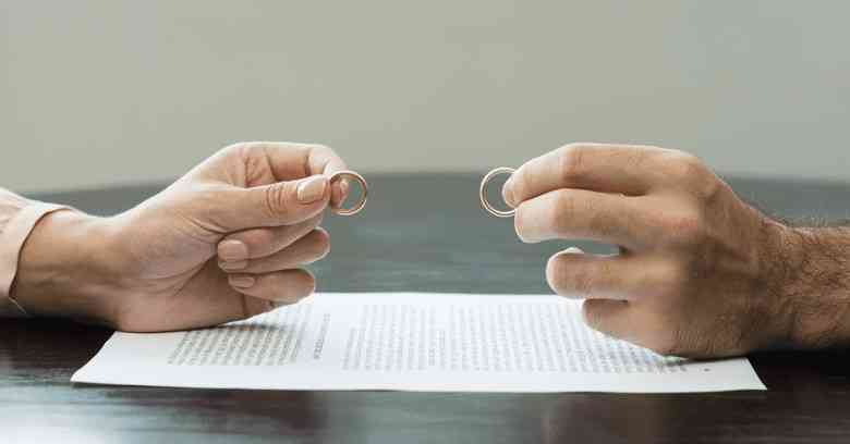 διαζύγιο, σχέσεις, στάδια του διαζυγίου, συναισθηματικά στάδια του διαζυγίου, συναισθήματα που προκαλεί το διαζύγιο