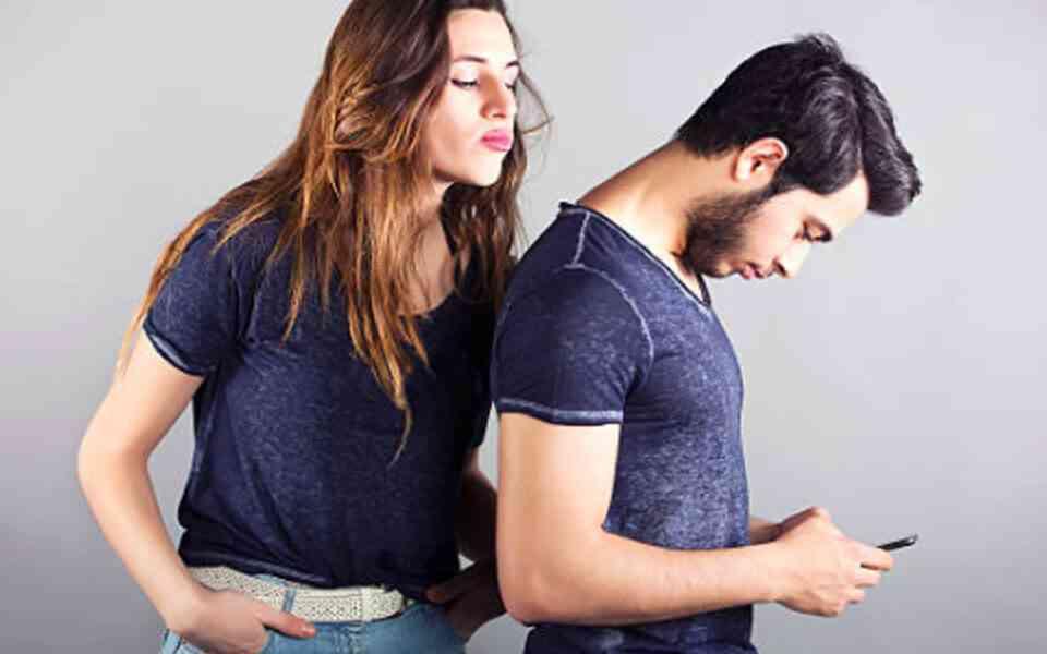 ζήλια, ζήλια στη σχέση, που οφείλεται η ζήλια, αιτίες ζήλιας