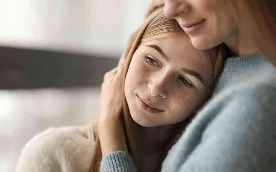 τραύμα, ψυχικό τραύμα στους εφήβους, ανάπτυξη εγκεφάλου στους εφήβους, εγκέφαλος και ψυχικά τραύματα, αντιμετώπιση ψυχικών τραυμάτων, πως θα βοηθήσετε το παιδί σας να αντιμετωπίσει ένα ψυχικό τραύμα