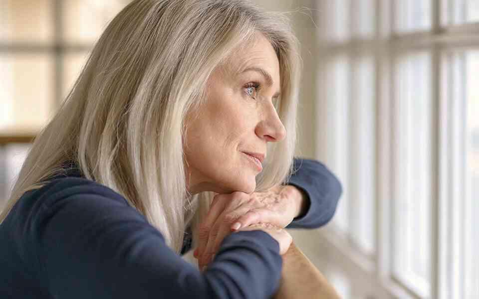 εμμηνόπαυση, συναισθηματικές αλλαγές στην εμμηνόπαυση, εμμηνόπαυση και ψυχική υγεία, πως να αντιμετωπίσετε τις συναισθηματικές αλλαγές στην εμμηνόπαυση